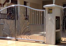 Nerezové brány